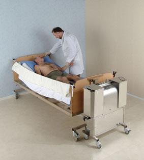 nursing toilettes des malades douche au lit. Black Bedroom Furniture Sets. Home Design Ideas